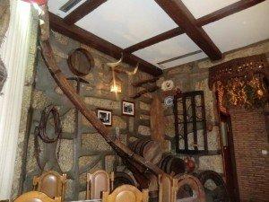 Francesinhas Yuko Tavern   A Sala Principal