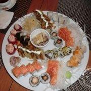 Prato de sushi no TwoSushi