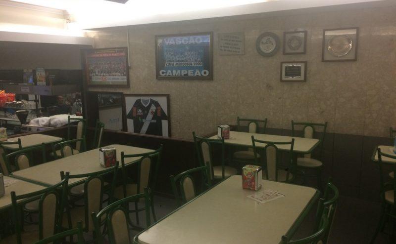 Café Castêlo   Maia   Carapaus de Comida