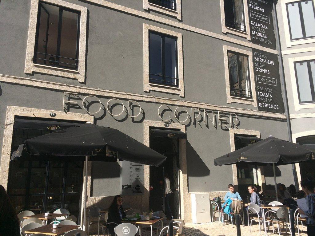 Abacate | Food Corner | Porto | Carapaus de Comida