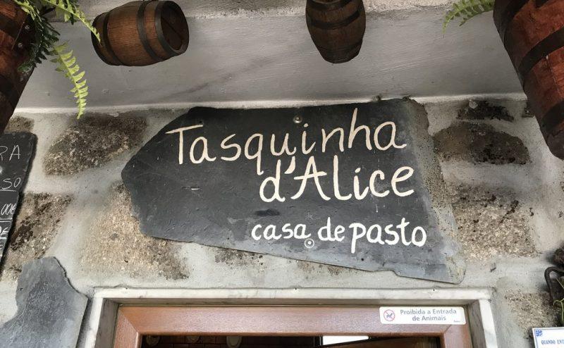Tasquinha d'Alice | Bobal, Mondim de Basto | Carapaus de Comida